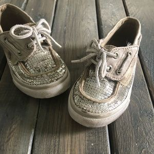 Sperry's 8.5  Silver Sequin Top Sider. Velcro